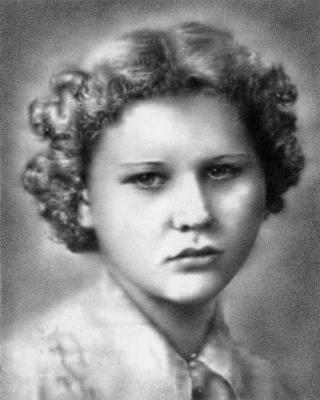 """""""Edna Ellen Hanninen"""" (graphite, 8 x 10 in)"""