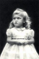 """""""Mom (Child Portrait) II"""" (pencil, 5 x 7.5 in)"""