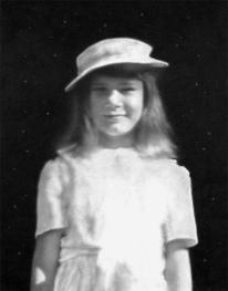 """""""Mom (Child Portrait) III"""" (pencil, 9 x 11.5 in)"""